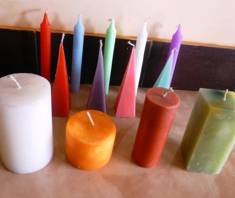 Make A Candle More Attractive by Using Different Types of Dyes